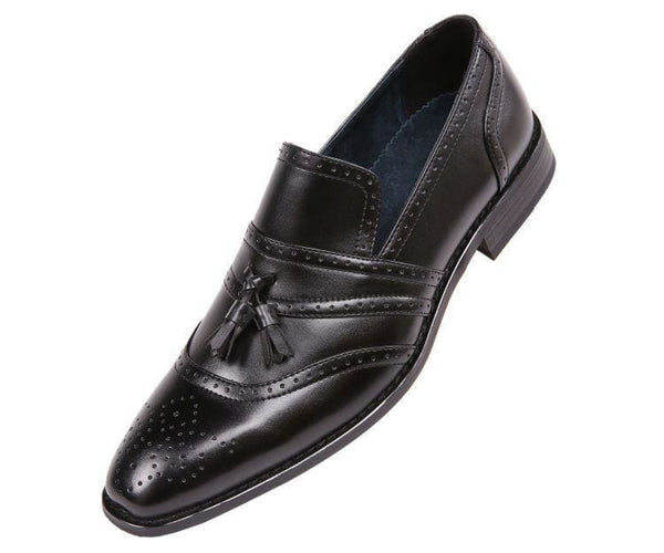 Charley Smooth Cap Toe Dress Shoe With Tassel And Perforation Detail Loafer Black / 10