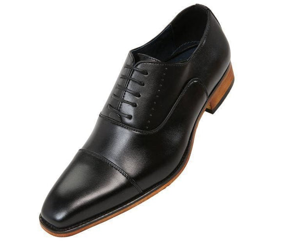 Clark Smooth Cap-Toe Tonal Stitched Oxford Lace Up Black / 10