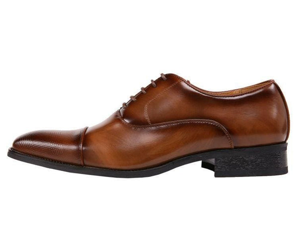 Conrad Smooth Oxford With Houndstooth Laser Embossed Cap Toe Oxfords