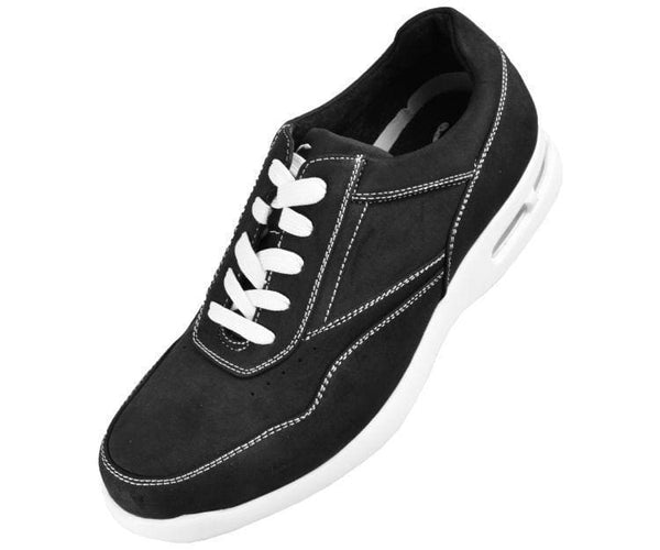 Skipper Nubuck Faux Leather Low Top Sneaker Sneakers Black / 10