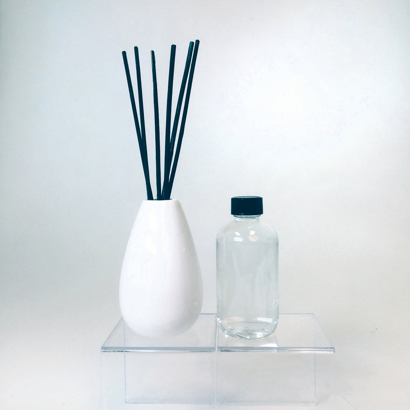 Ceramic Reed Diffuser w/ 3.75 oz Lavender Fragrance
