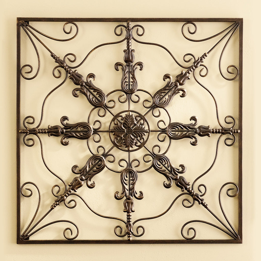 Grace Medallion Decor