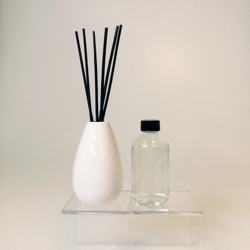 Ceramic Reed Diffuser w/ 3.75 oz Baked Apple Pie Fragrance