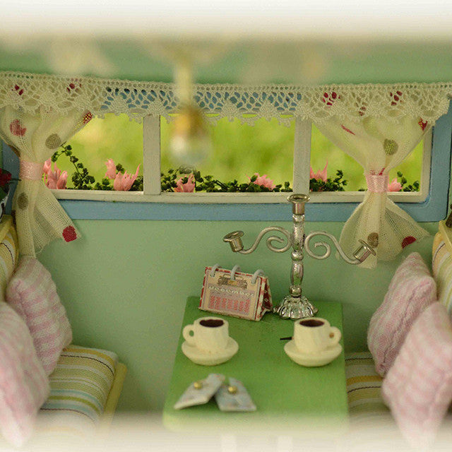 DIY Fairy Gypsy Travel Caravan - Kalyn's Finds