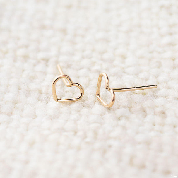 Tiny Heart Earrings - Kalyn's Finds