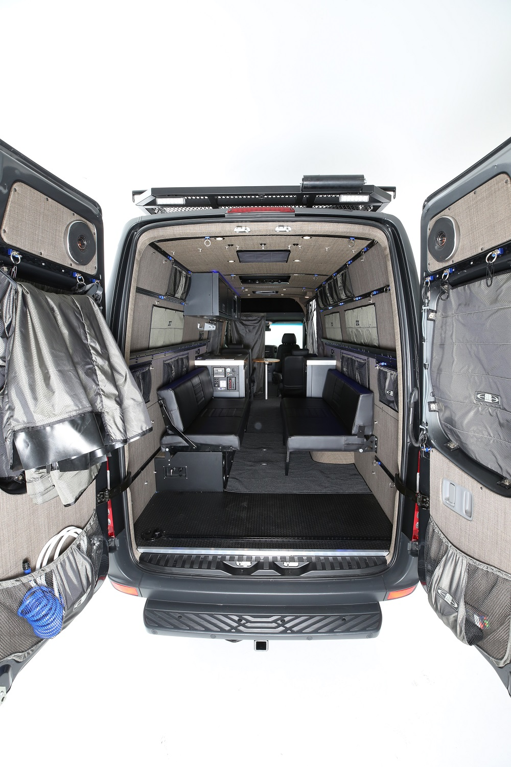 RB Touring Van BB - 170 EXT 3500 4x4