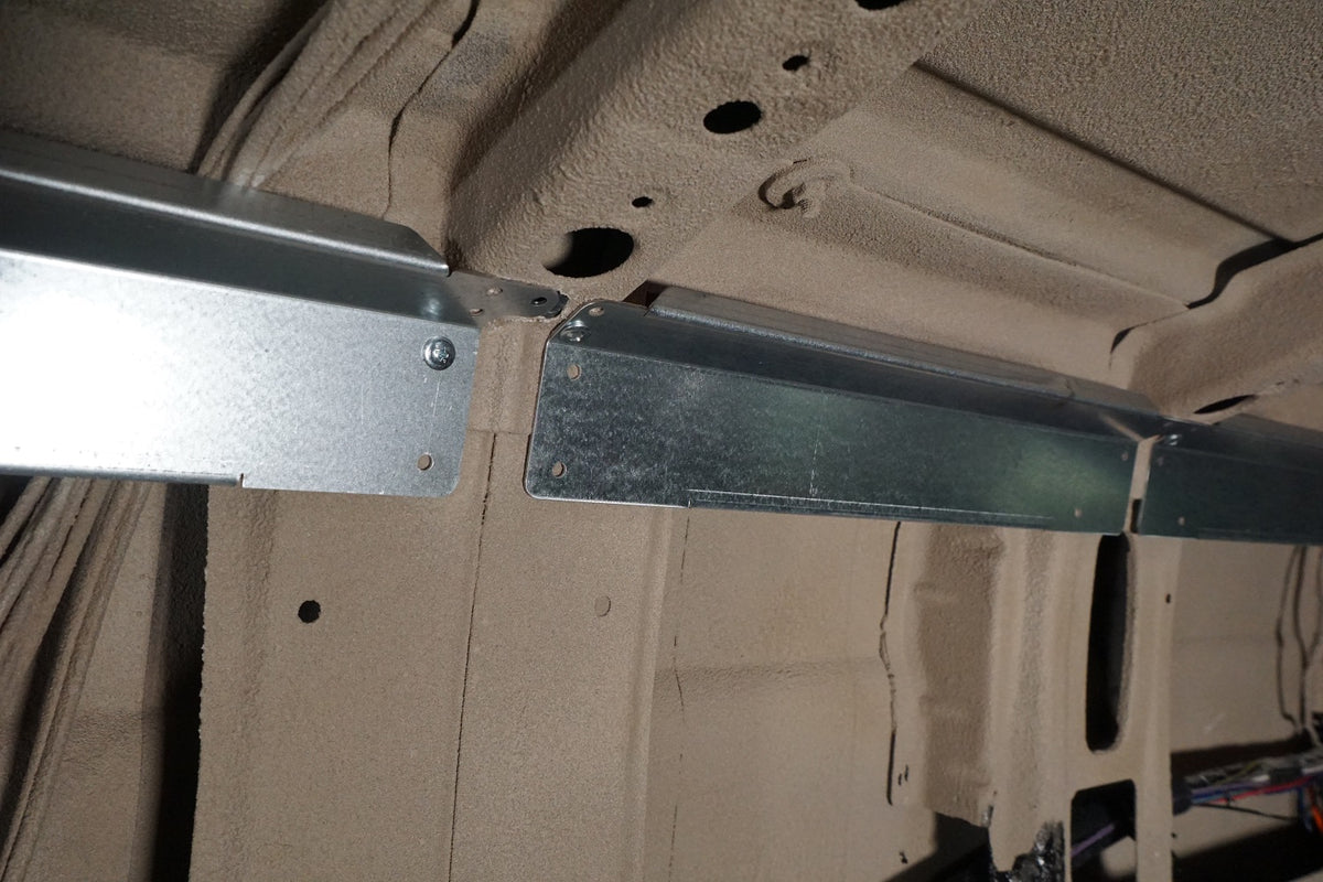 07+ Sprinter Van 170 EXT - Upper Cabinet Wall Brace Kit