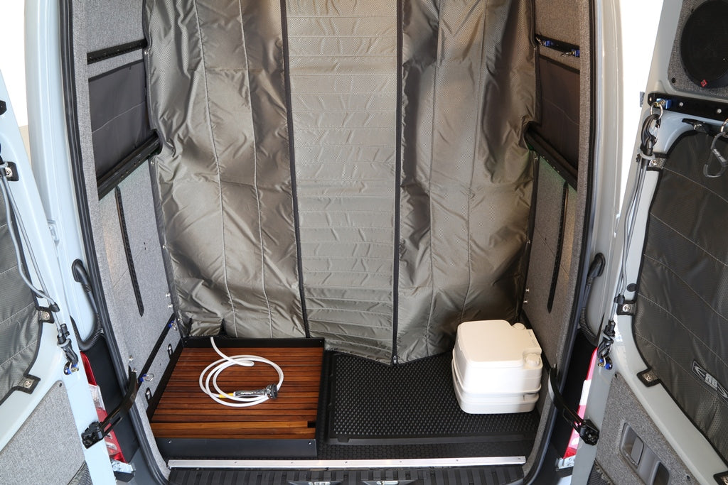 07 Sprinter Van Fabric Partition W Shower Flap Rb