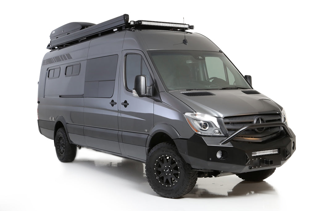 "RB Touring Van MF - 170""ex 2500 4x4"