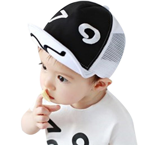 B & W Baby Hat - The Cutest Little Things
