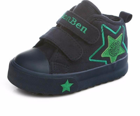 The Cutest Velcro Star Sneaks - The Cutest Little Things