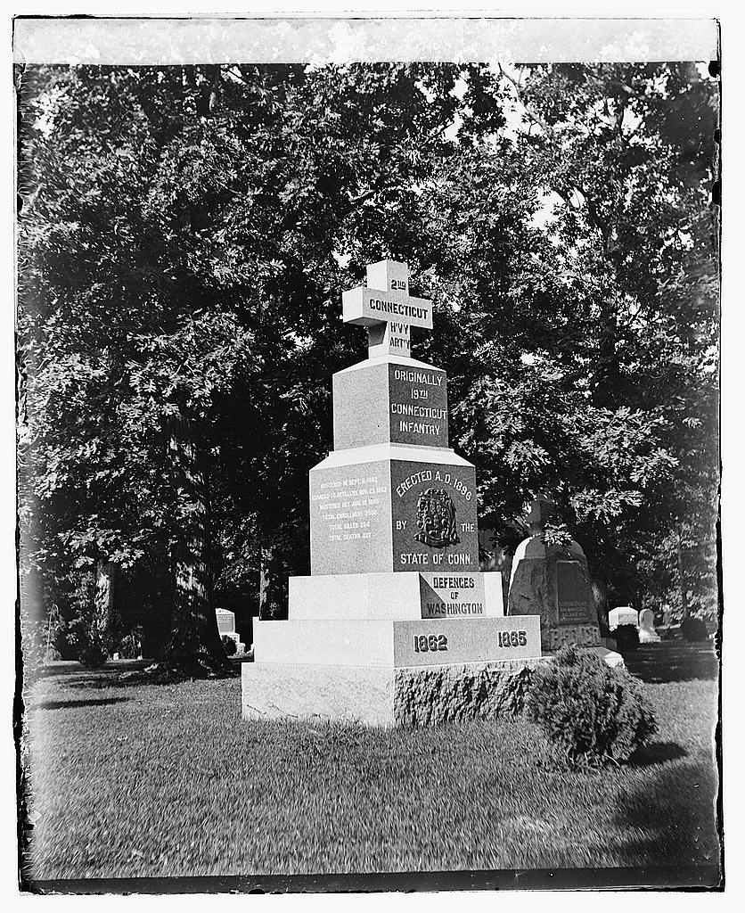 8 x 10 Reprinted Old Photo of  Conn.[Connecticut] Monument. Arlington, [Virginia] 1919 National Photo Co  99a