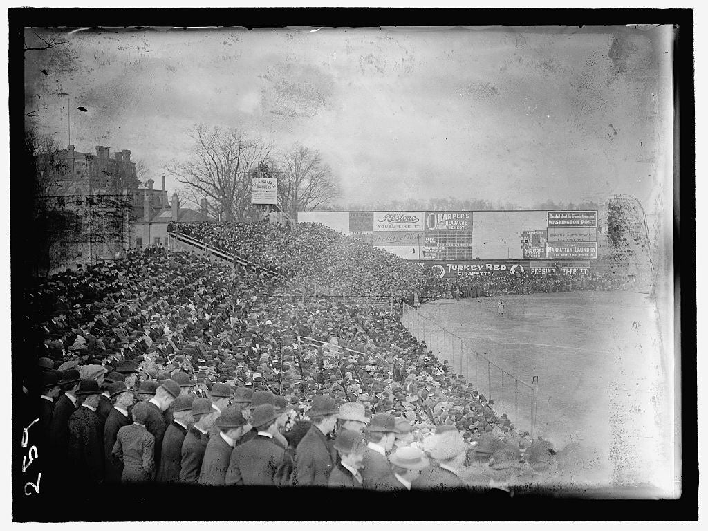 8 x 12 Reprinted Photo of BASEBALL, PROFESSIONAL. VIEW DURING GAME by Harris & Ewing, photographer 1911 350 BB_