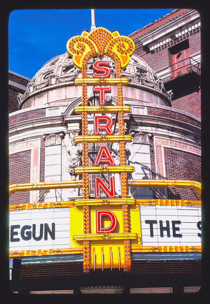 8 x 12 Photo of Strand Theater, vertical detail, Louisiana & Crockett, Shreveport, Louisiana 1979 Margolies, John 18a