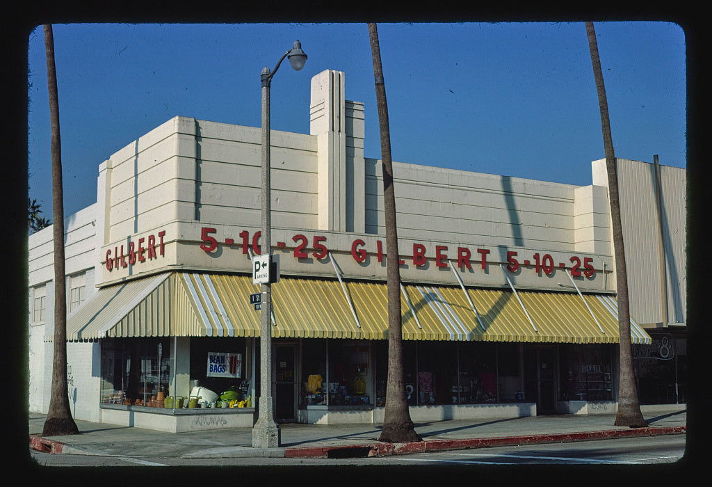 8 x 12 Photo of Gilbert 5 10 25, 1st & Avalon Boulevard, Wilmington, California 1977 Margolies, John 94a