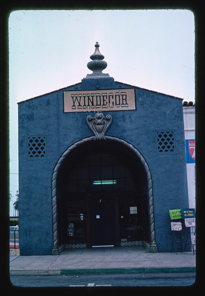 8 x 12 Photo of  Windecor, Ventura, California  1976 Margolies, John 26a