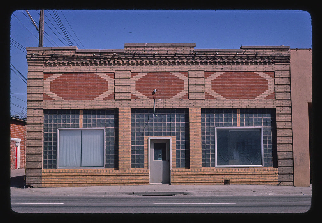 8 x 12 Photo of Meat Locker, West B Street, McCook, Nebraska 1980 Margolies, John 58a