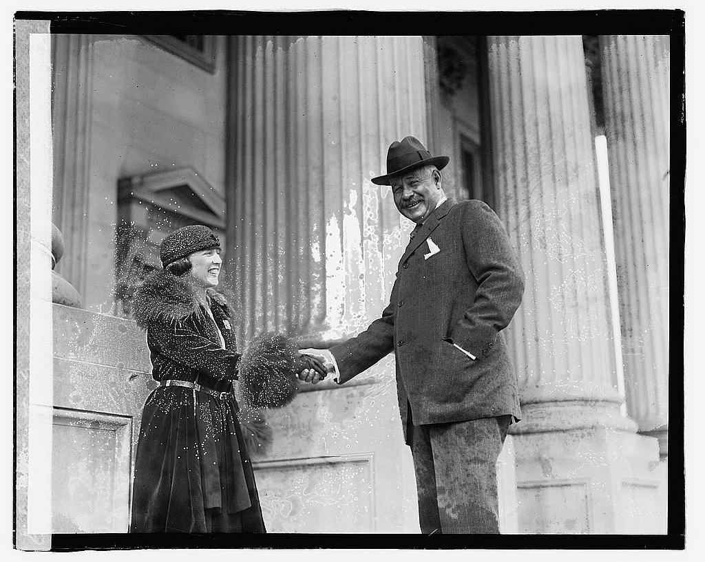 8 x 10 Reprinted Old Photo of Betty Gramm & Gen. Freling [...] 1920 National Photo Co  23a