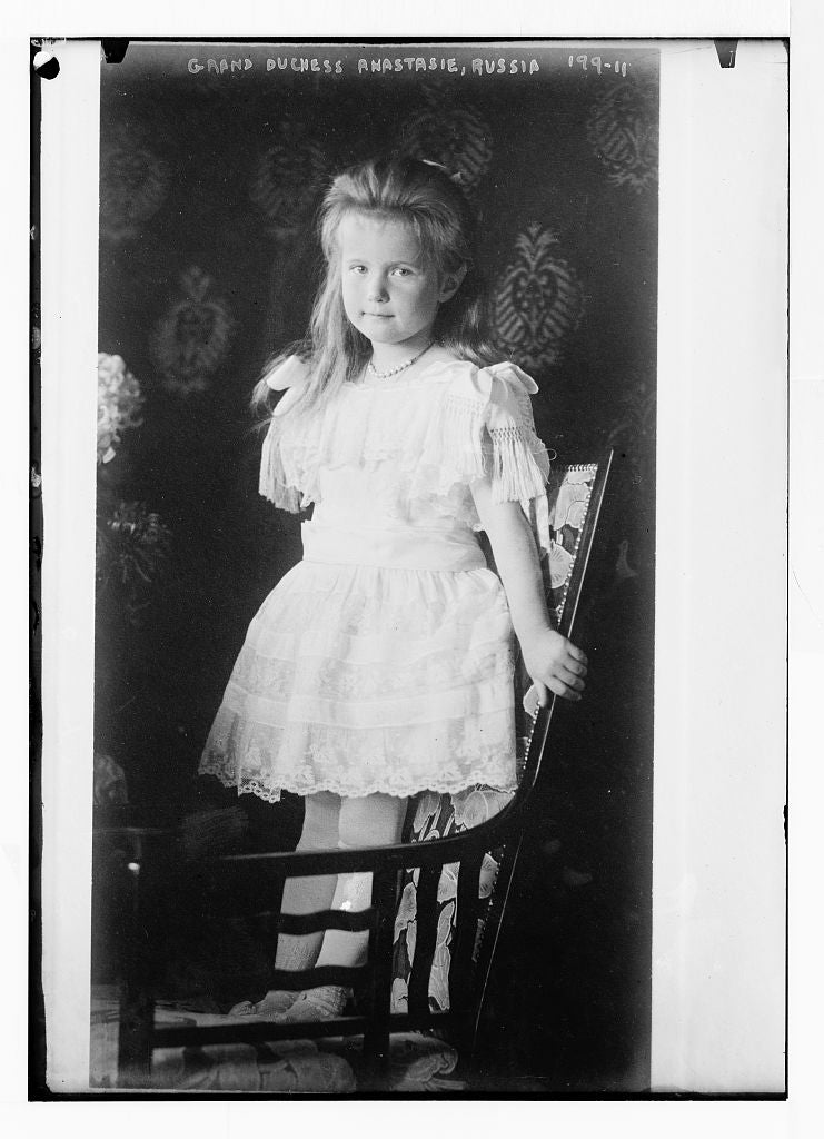 8 x 10 Photo of Grand Duchess Anastasie, standing in chair 1890-1920 G. Bain Collection 49a