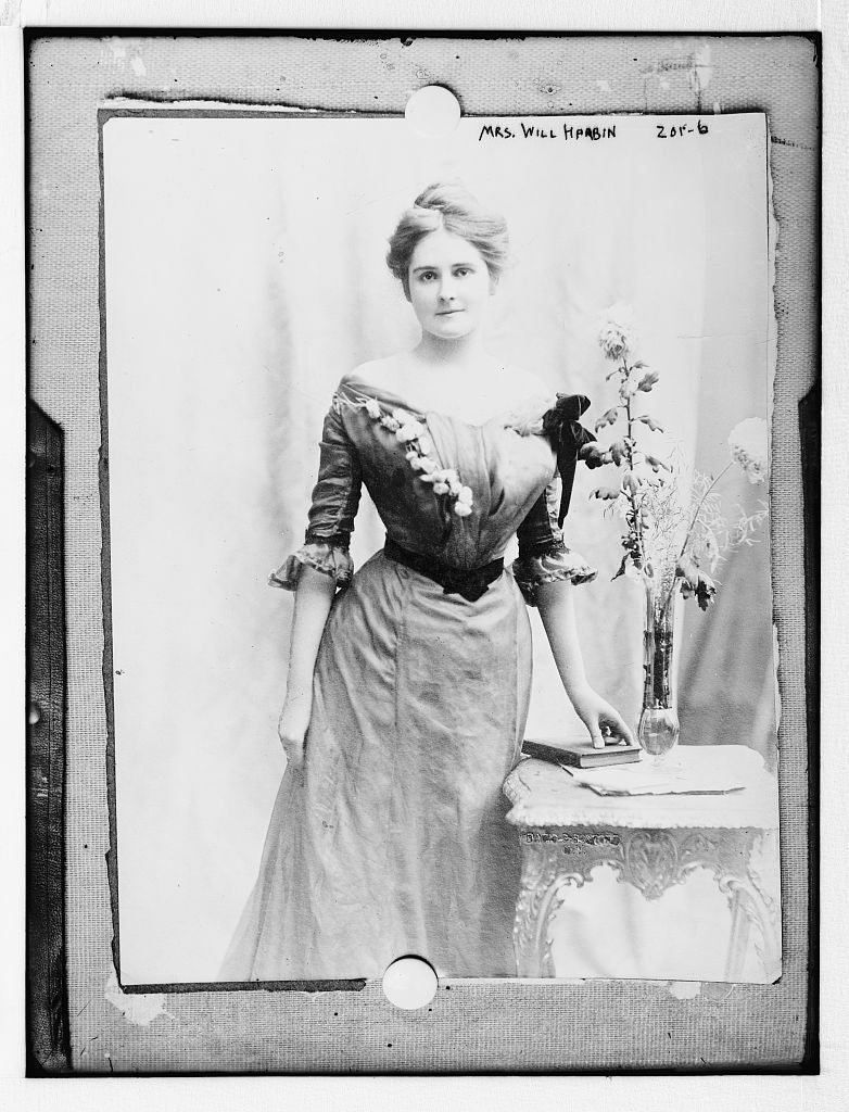 8 x 10 Photo of Mrs. Will Harbin 1890-1920 G. Bain Collection 57a