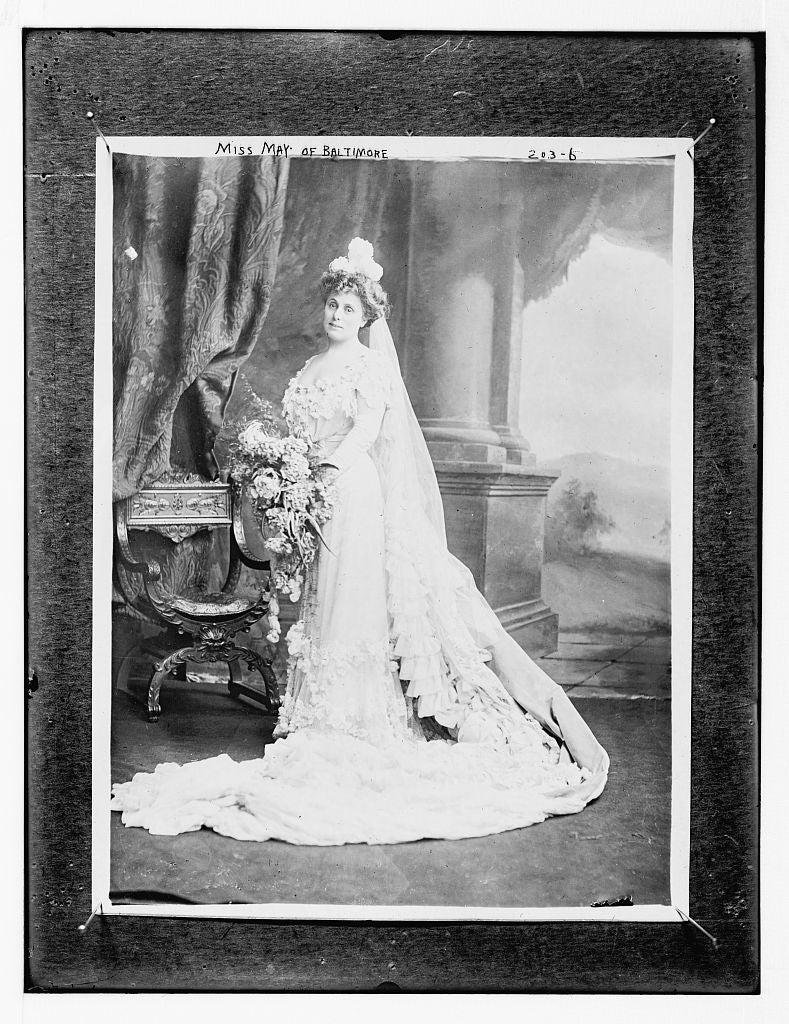 8 x 10 Photo of Miss May 1890-1920 G. Bain Collection 67a