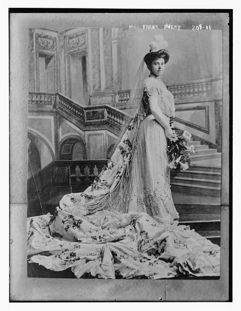 8 x 10 Photo of Mrs. Frank Avery 1890-1920 G. Bain Collection 10a