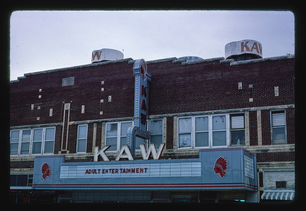 8 x 12 Photo of Kaw Theater (1931), Washington Street, Junction City, Kansas 1980 Margolies, John 64a