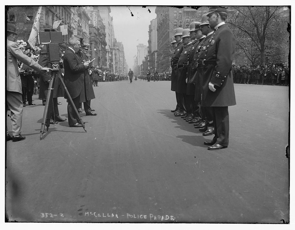 8 x 10 Photo of McClellan Police Parade 1890-1920 G. Bain Collection 41a