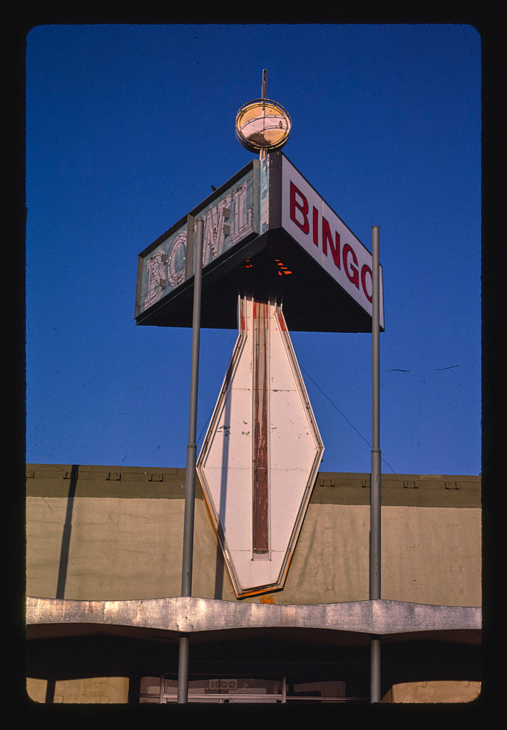 8 x 12 Photo of Pin n' Cue Bowling Alley sign, Smelter Avenue, Great Falls, Montana 1987 Margolies, John 34a