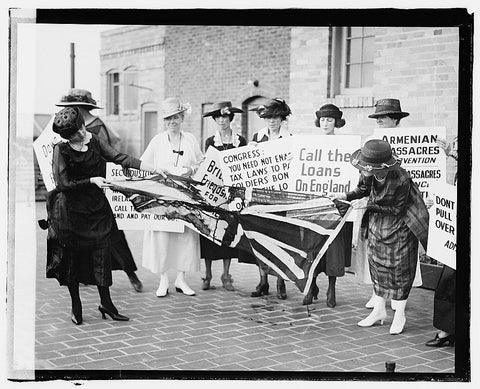 16 x 20 Gallery Wrapped Frame Art Canvas Print of  A group of women on the sidewalk, carrying signs against America's involvement on the side of the English against the Iri 1920 National Photo Co  44a