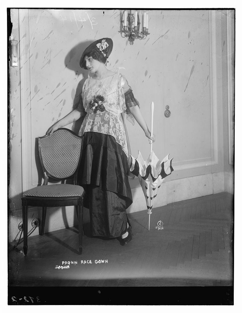 8 x 10 Photo of Paquin Race Gown 1890-1920 G. Bain Collection 45a
