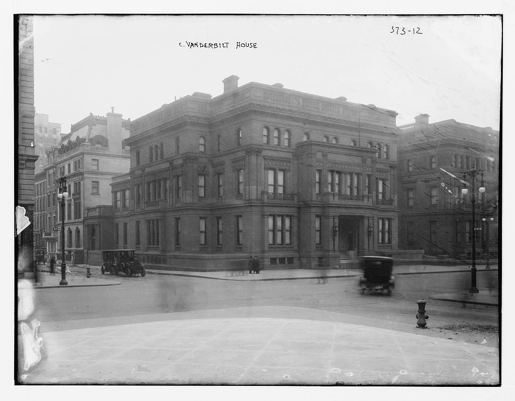 8 x 10 Photo of C. Vanderbilt Mansion 1890-1920 G. Bain Collection 52a