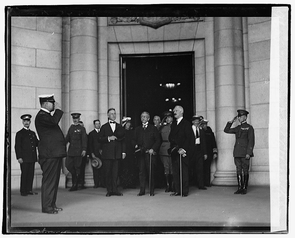 16 x 20 Reprinted Old Photo ofPres. Porras, Secty. Colby at State 1920 National Photo Co  01a