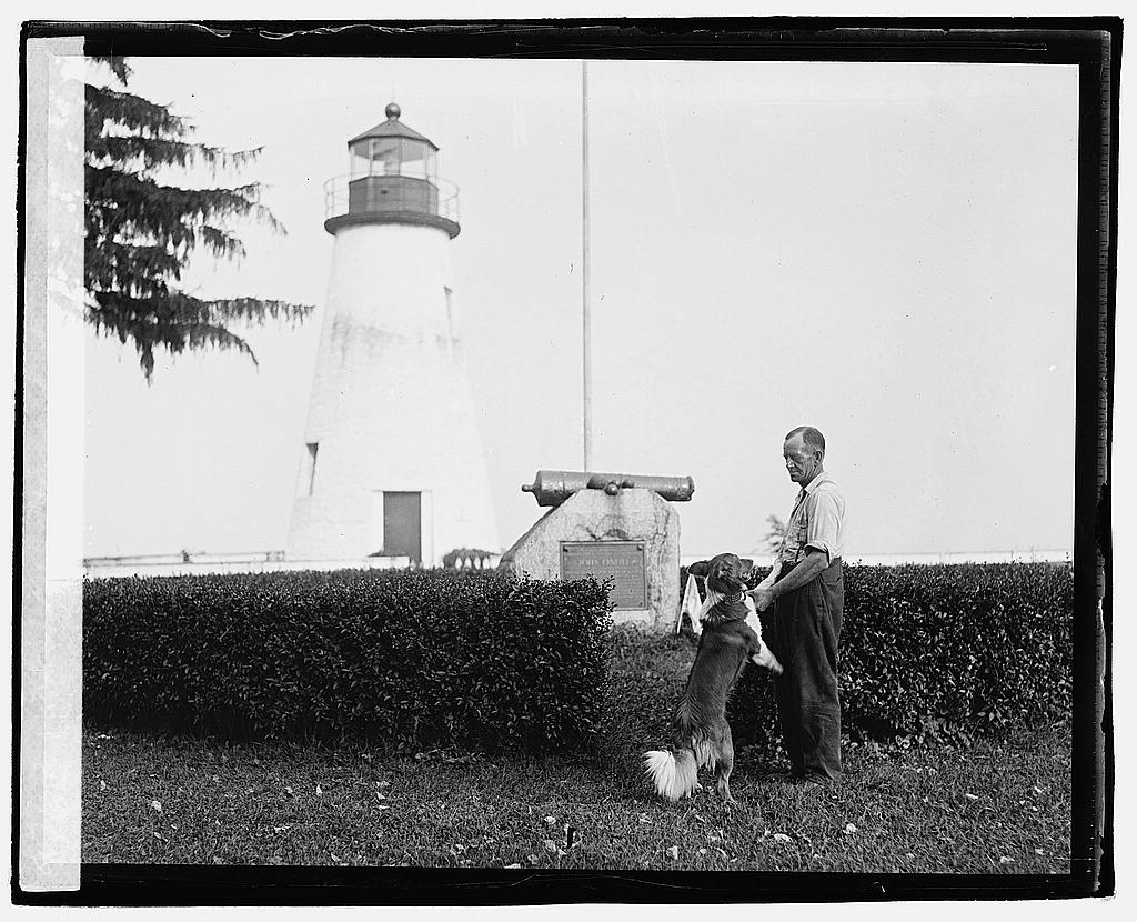 16 x 20 Reprinted Old Photo ofHerald Havre de Grace Tour - O'Neil and dog 1920 National Photo Co  46a