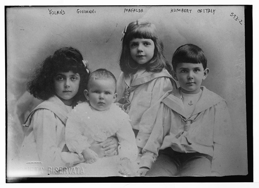 8 x 10 Photo of Yoland, Giovanni, Mafalda, and Humbert 1890-1920 G. Bain Collection 97a