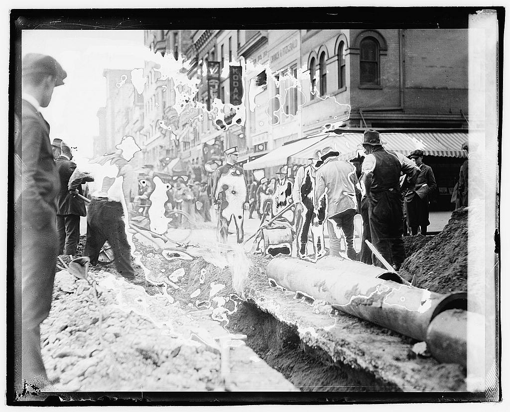 16 x 20 Reprinted Old Photo ofFire, gas main, 13th and F, Washington, D.C. 1920 National Photo Co  77a