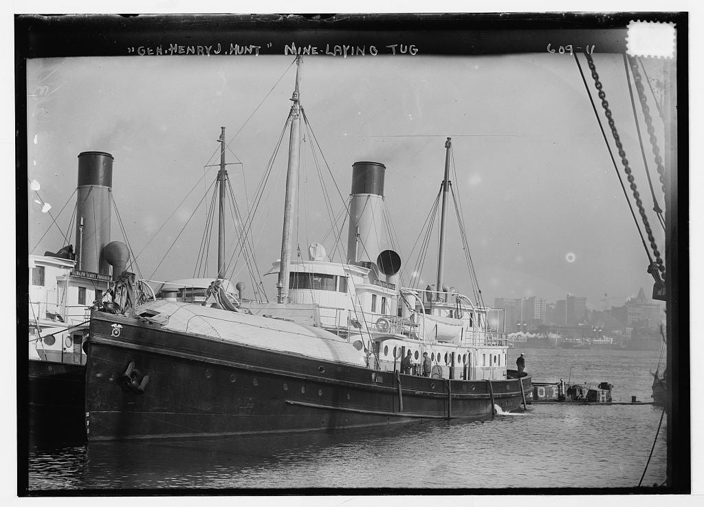 8 x 10 Photo of Gen. Henry J. Hunt mine-laying tug in in N.Y. harbor, New York 1890-1920 G. Bain Collection 87a