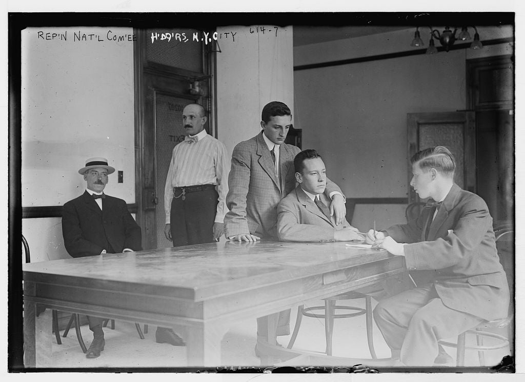 8 x 10 Photo of Men at table in room of headquarters of the Republican Nat'l Committee 1890-1920 G. Bain Collection 99a