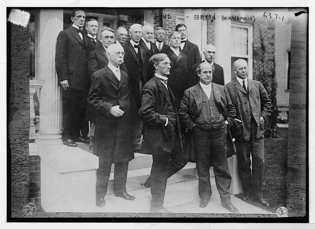 8 x 10 Photo of Lind, Bryan, and others, on steps, Minneapolis, Minn, 1890-1920 G. Bain Collection 75a