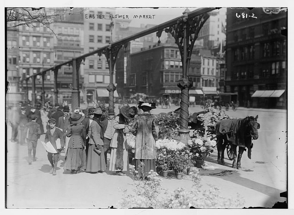 8 x 10 Photo of Shoppers at Easter market, Union Sq.,New York 1890-1920 G. Bain Collection 54a