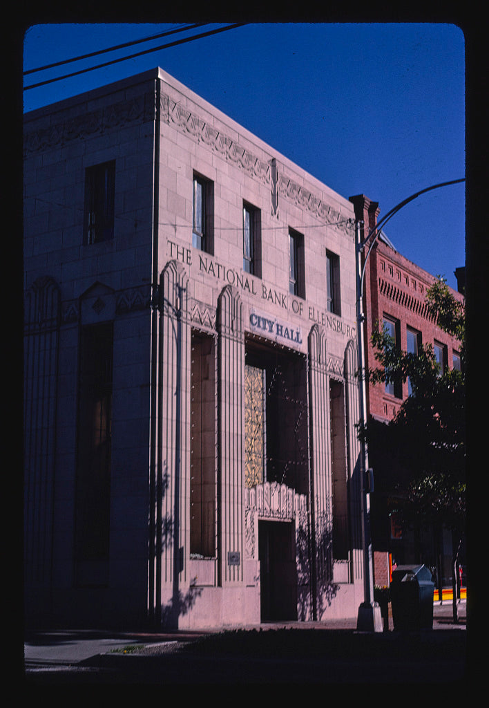 8 x 12 Photo of City Hall (National Bank of Ellensburg), 5th and Pearl Streets, Ellensburg, Washington 1987 Margolies, John 44a