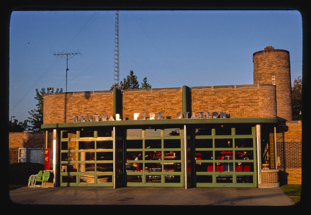 8 x 12 Photo of Fire Department, Columbus, Indiana 1977 Margolies, John 05a