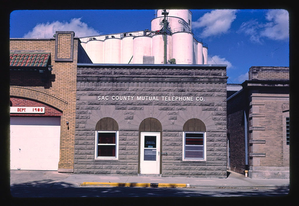 8 x 12 Photo of Sal County Mutual Telephone Co., West Second Street, Odebolt, Iowa 1987 Margolies, John 23a