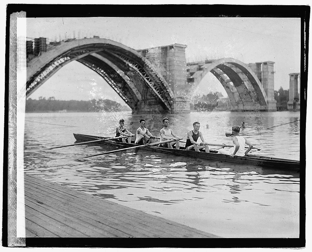 16 x 20 Reprinted Old Photo ofPotomac Boat Club intermediate Sig 1921 National Photo Co  62a