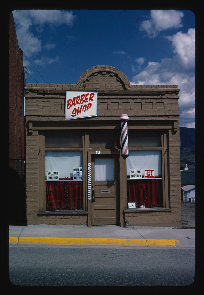 8 x 12 Photo of Barber shop, Butte, Montana 1980 Margolies, John 26a