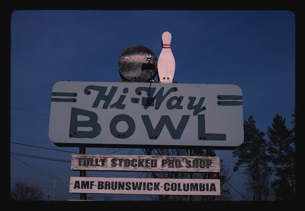 8 x 12 Photo of Hi-Way Bowl sign, Canastota, New York 1988 Margolies, John 20a
