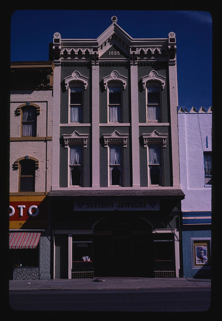 8 x 12 Photo of Commercial building, Ottawa, Kansas 1980 Margolies, John 30a