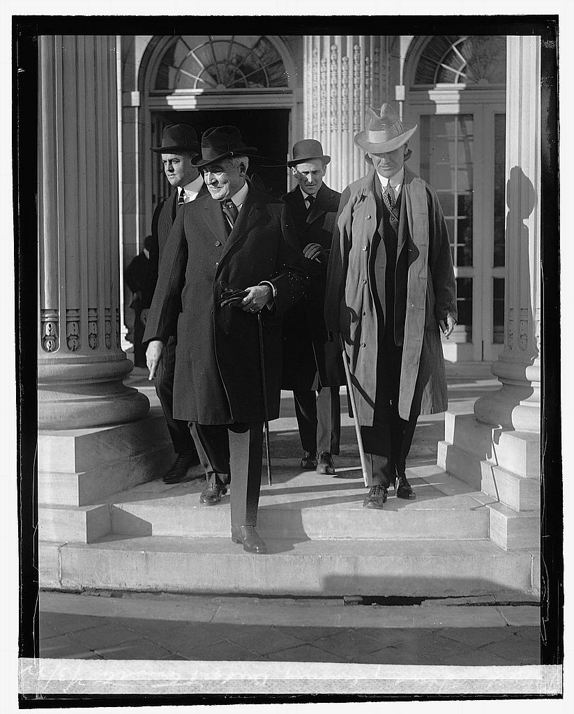 16 x 20 Reprinted Old Photo ofHarding leaving Budget Committee, 2/3/22 1922 National Photo Co  20a