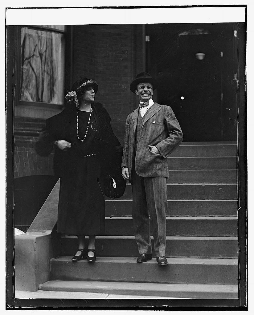 16 x 20 Reprinted Old Photo ofAlice Longworth & Theo. Roosevelt 1922 National Photo Co  36a