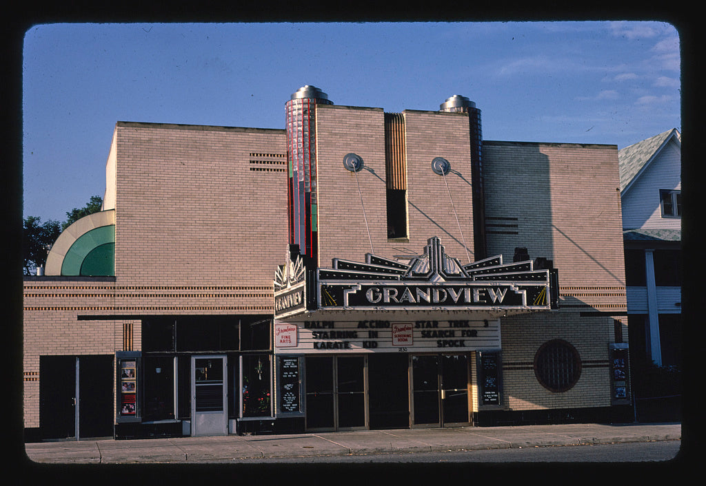 8 x 12 Photo of Grandview Theater, St. Paul, Minnesota 1984 Margolies, John 43a